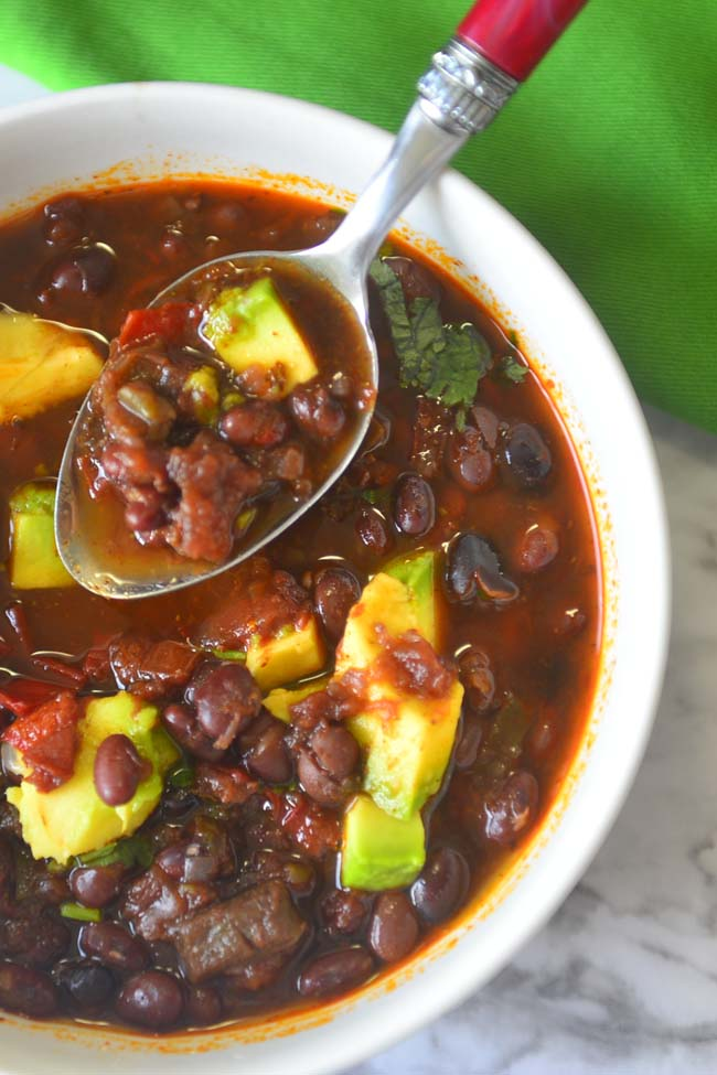 Delicious vegan black bean chili for weeknight